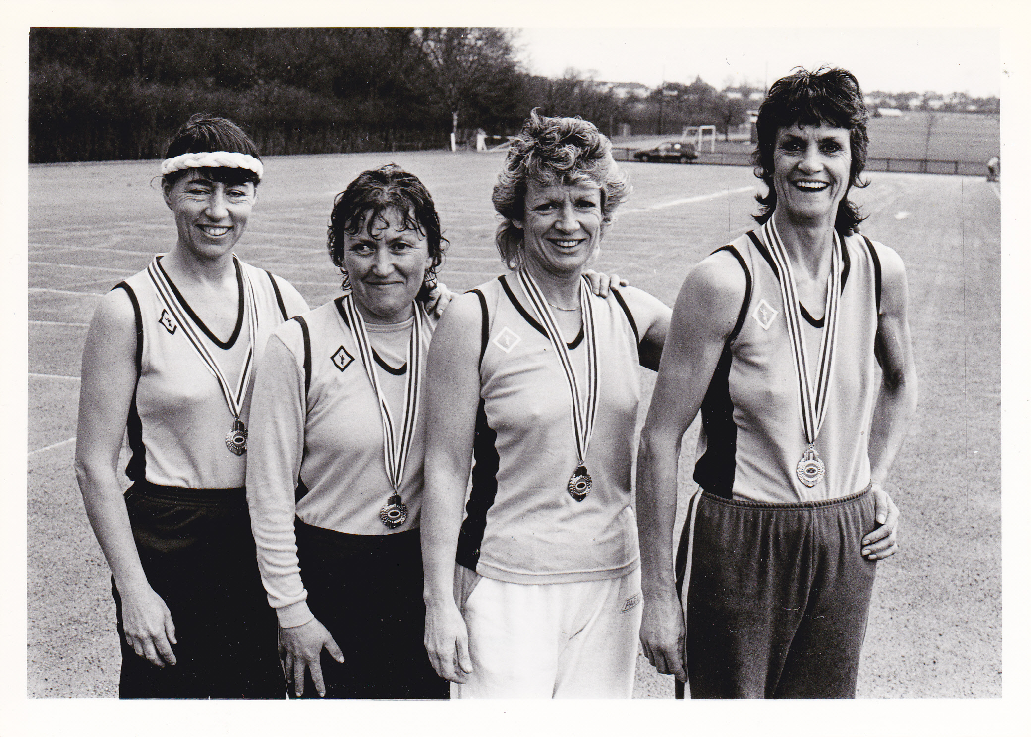 gallery/pictures/images/Some from the past .../Bromley Ladies' WR relay team 1986_0001.jpg